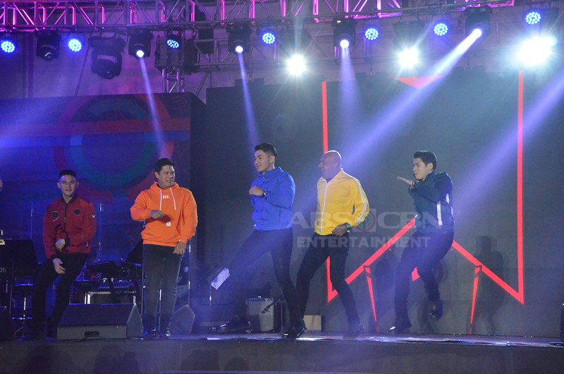 IN PHOTOS: Coco Martin and the cast of FPJ's Ang Probinsyano at the #ForeverKapamilya Trade Event